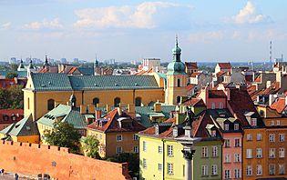 Pourquoi partir en septembre en Pologne ? Pour profiter de l'automne doré, visiter Cracovie, la région de Varsovie, les lacs de Mazurie, découvrir le massif des Tatras, le tout sous le soleil.