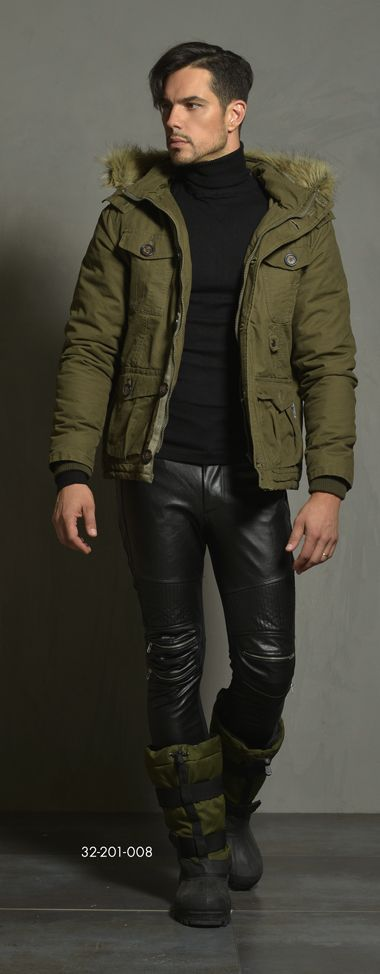 Men's cotton jacket with detachable hood & fake fur around hood. www.biston.gr