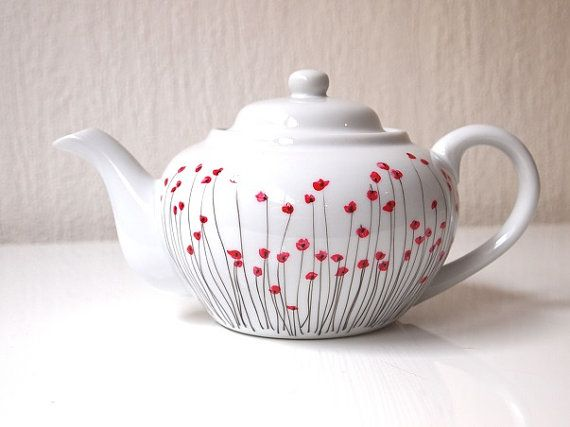 Pretty little teapot to add a splash of colour to your kitchen | 1 hand painted tea-pot made of real Limoges porcelain - poppy pattern