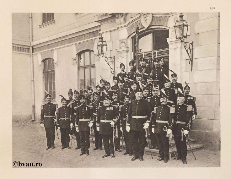 """Al 8-lea Regiment Dragoş nr. 29, 1902, Romania. Ilustrație din colecțiile Bibliotecii Județene """"V.A. Urechia"""" Galați. http://stone.bvau.ro:8282/greenstone/cgi-bin/library.cgi?e=d-01000-00---off-0fotograf--00-1----0-10-0---0---0direct-10---4-------0-1l--11-en-50---20-about---00-3-1-00-0-0-11-1-0utfZz-8-00&a=d&c=fotograf&cl=CL1.37&d=J200_697980"""