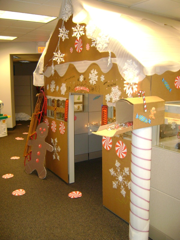 258 best christmas office cubical decorations etc images for Cubicle decoration xmas
