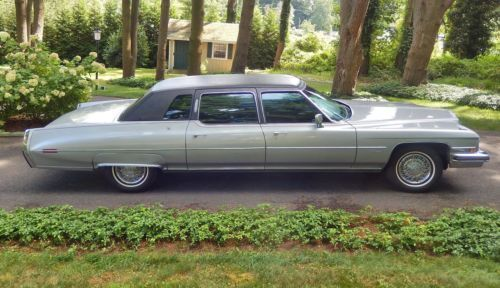 96 fleetwood   1973 Cadillac Fleetwood 75 Limousine on 2040cars