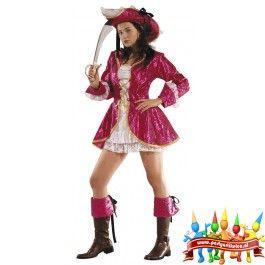 Dit mooi roze/witte piratenkostuum voor volwassen dames bestaat uit: - Hoed - Jurk - Jas - Laarstopjes