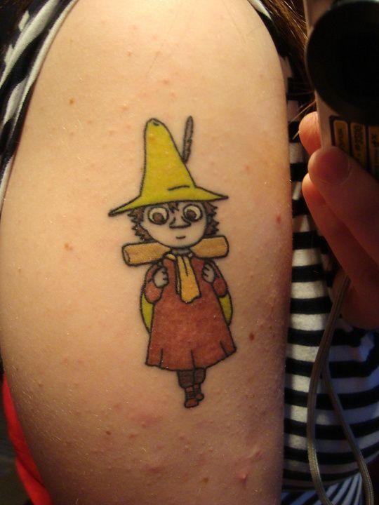 Min absolut första tatuering! För er som inte ser så är det Snusmumriken från Mumindalen, min favoritfigur :) Gjorde den för cirka två år sedan på Big slick i Örebro för 1200kr. Fullkomligt värt det måste jag säga!
