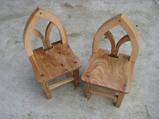1000 images about hobbits on pinterest playhouse kits for Hobbit house furniture