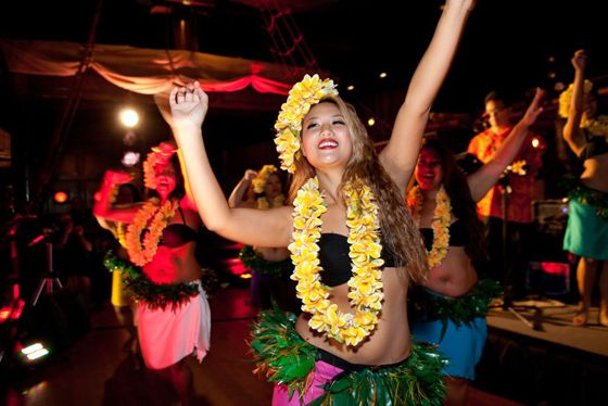 Hula Dancers and live music at the Tonga Room and Hurricane Bar in San Francisco. Photo: Marla Aufmuth