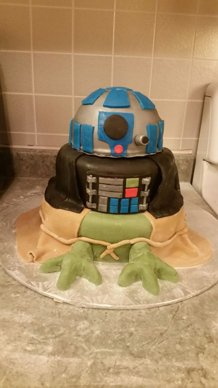 Star Wars Triple Layer Cake Yoda Darth Vader R2D2