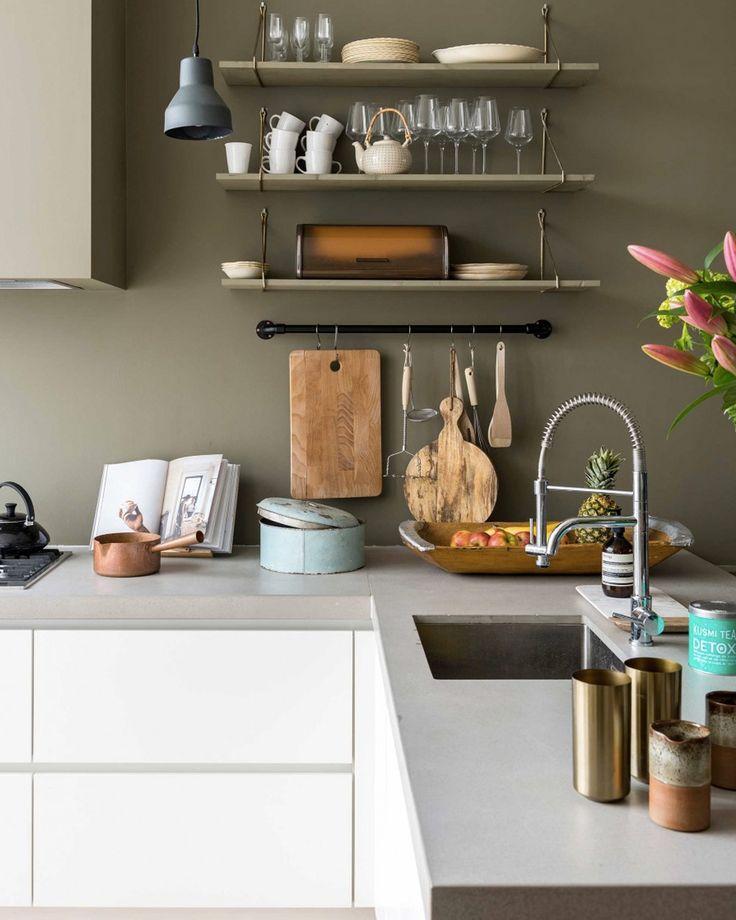 perfect slection dco en vert olive et blanc with cuisine vert olive. Black Bedroom Furniture Sets. Home Design Ideas