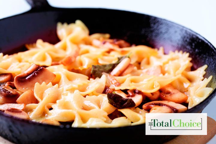 Total Choice Mushroom & Pasta Alfredo: Toss farfalle and mushrooms for a fast and delicious dinner. Eat this recipe on the 1200-calorie Total Choice plan.