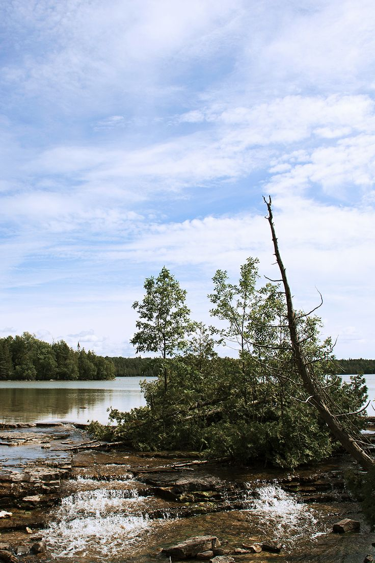 Marr lake in Bruce Peninsula National Park, Tobermory (Canada) I remember this :)