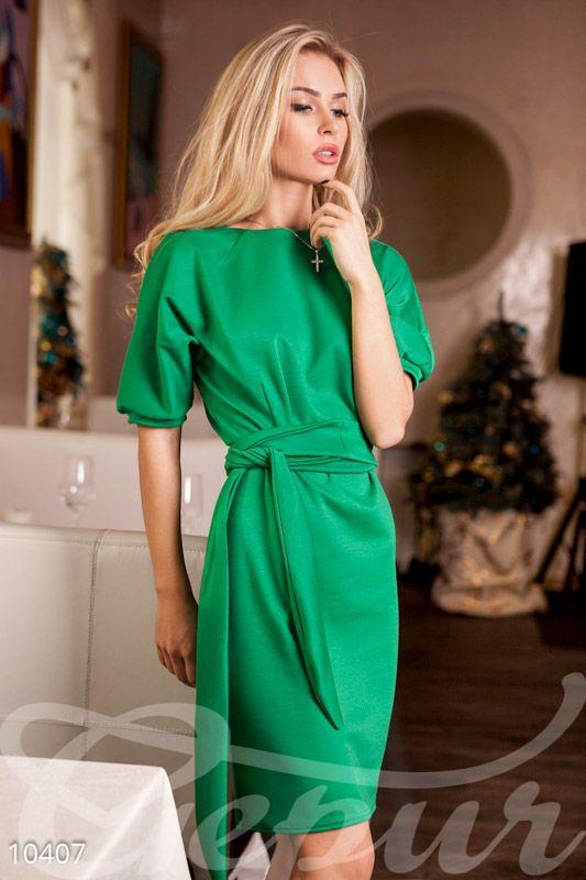 Платье Собчак изумрудное
