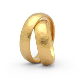 Hochzeitsringe Hammerschlag-Struktur 750 Gold Damenring, Herrenring: 5,6mm breit, 1,9mm stark Oberfläche: mattiert gehämmert