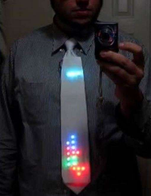 DIY Tetris Ties – The 'LED Tetris Tie' Lets You Walk Around While Displaying a Game of Tetris (GALLERY