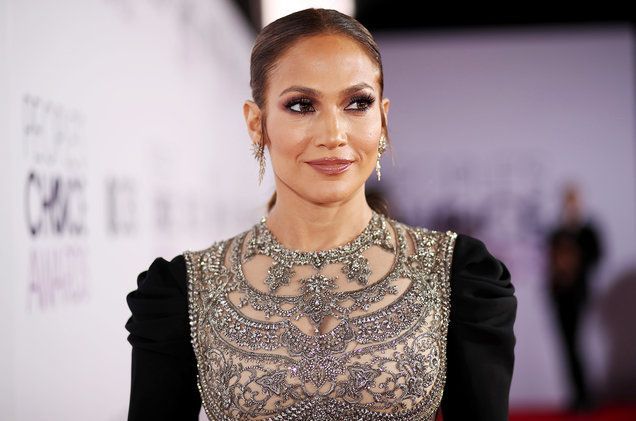 Jennifer Lopez Speaks Out Against Trump's Immigration Order: 'We Are All Immigrants' | Billboard