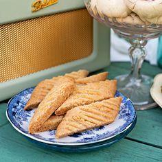Sega kolakakor som är glutenfria. Foto Cecilia Möller