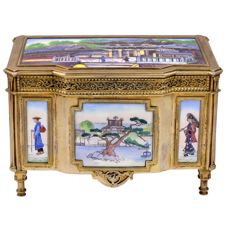 Jewelry Casket | From a unique collection of antique and modern jewelry boxes at https://www.1stdibs.com/furniture/more-furniture-collectibles/jewelry-boxes/