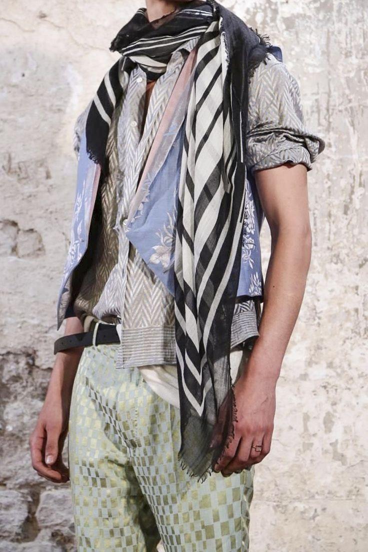 Haider Ackermann, Menswear Spring Summer 2015 http://blog.cruvoir.com/haider-ackermann-mens-spring-summer-2015-collection/