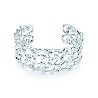 Paloma Picasso® Olive Leaf cuff in sterling silver, small.