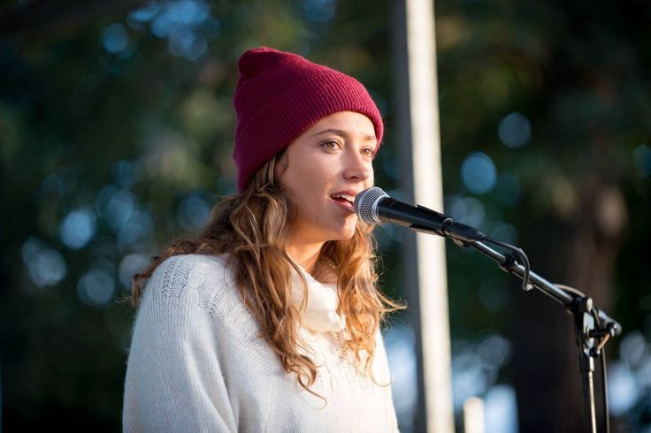 Justine Mauvin lors du concert Roxy