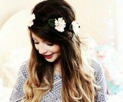 Love her flower crown