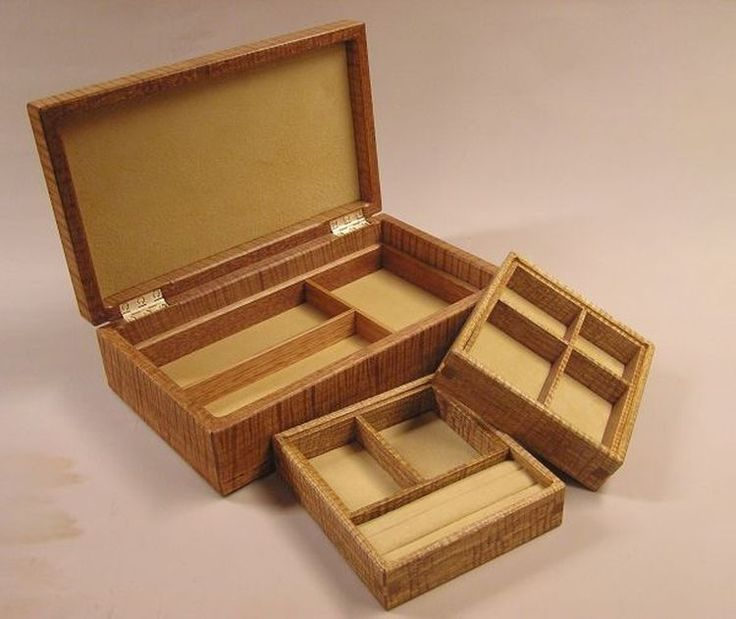 A beautiful jewellery box with two trays that is made in fiddleback Victorian Ash.  300 x 180 x 65 mm high