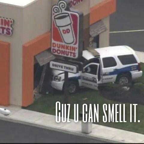 Cop wrecking in dunkin donuts