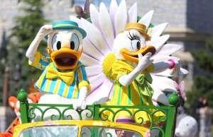 Donald et Daisy revêtiront leurs costumes printaniers pour la nouvelle saison à Disneyland Paris. - Fournis par AFPRelaxNews