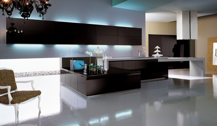 cube lacquer black glossy  with handle-less opening and lacquered plinth;  quartz counter top finish Anis .