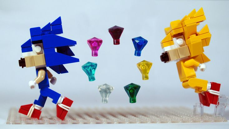 How to Build LEGO Sonic the Hedgehog, Chaos Emeralds, and Super Sonic