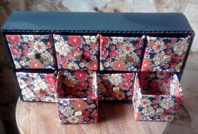 Artesanato Fofo: Porta-trecos feito com caixas de leite