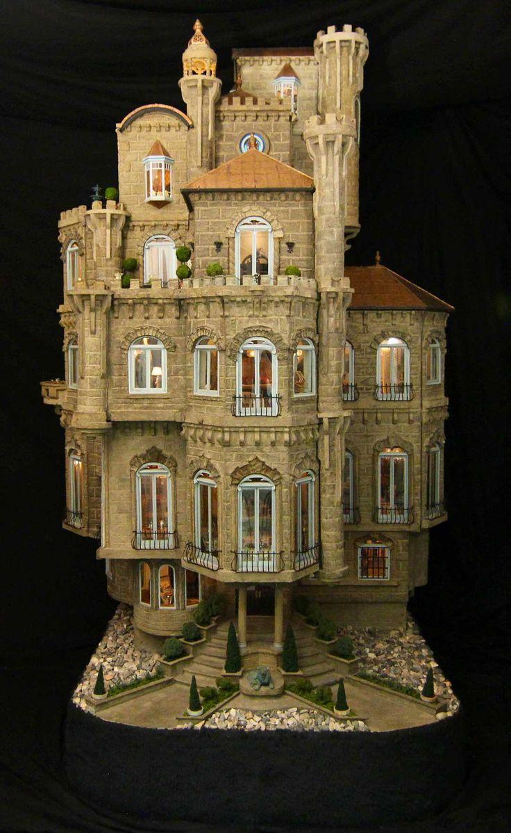 Mini castelo de boneca