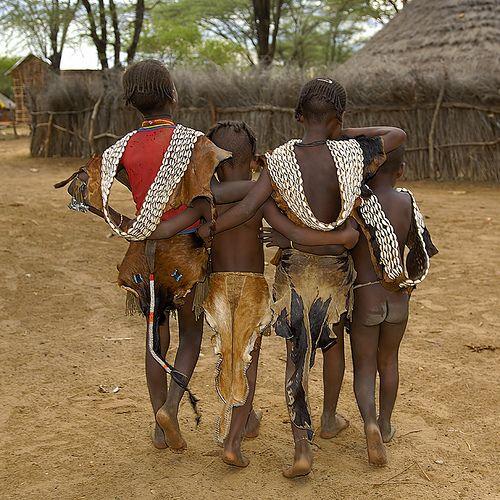 Ethiopian children by Sergio Pessolano, flickr