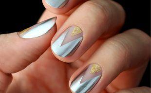 Золотой маникюр, стильный маникюр на короткие ногти