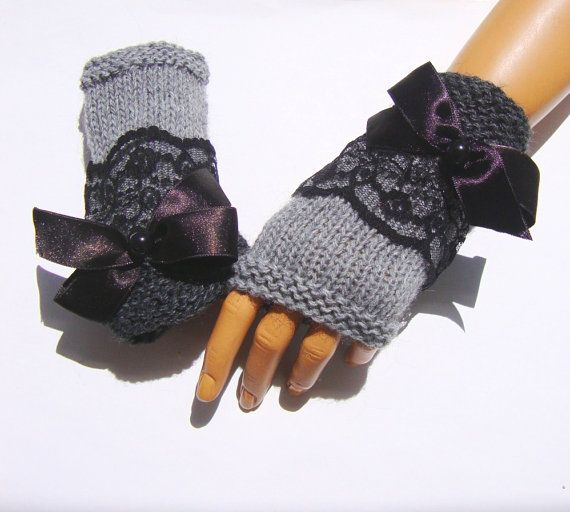 Gray fingerless glove, Ornament with lace and ribbons, handknit ♥