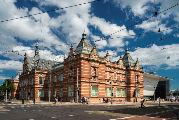 Stedelijk Museum, Museumplein te Amsterdam