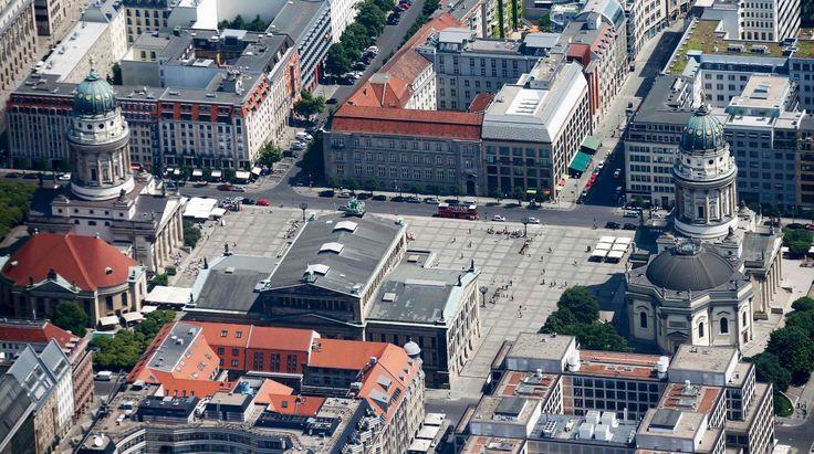 Luftbild Gendarmenmarkt im Juni 2016