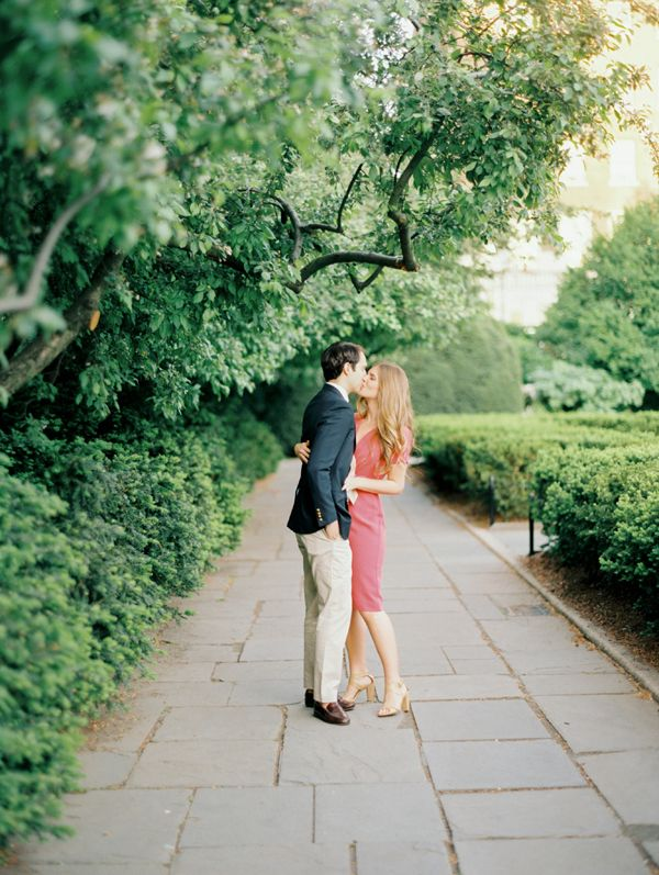 Engagement in Central Park - so romantic! Photo by Ciara Richardson Photography. www.wedsociety.com #engagement #photography