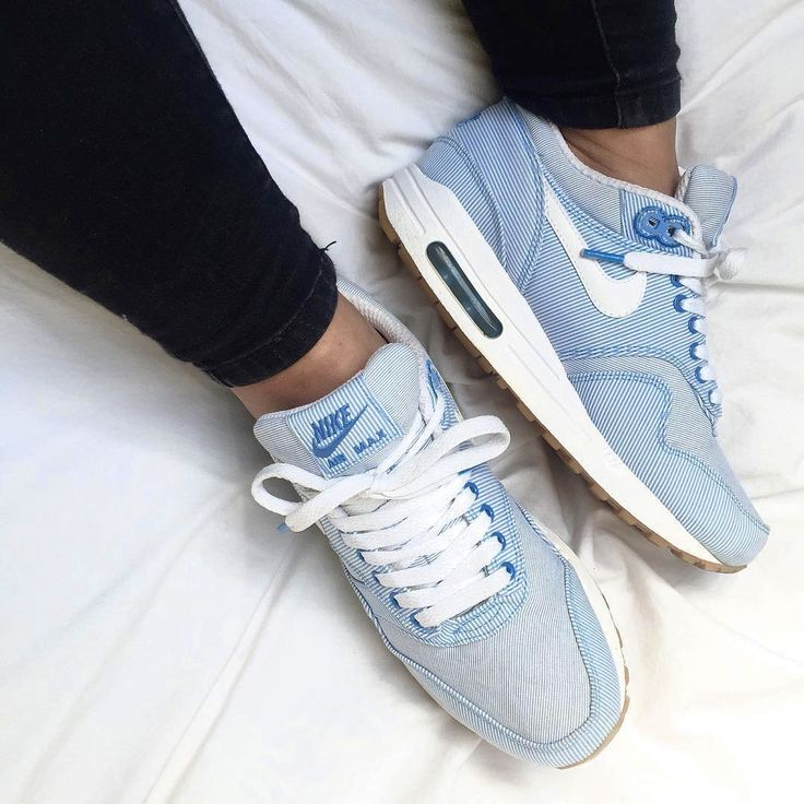 Nike Air Max 1 Pinstripe - 2009 (by francia_t)