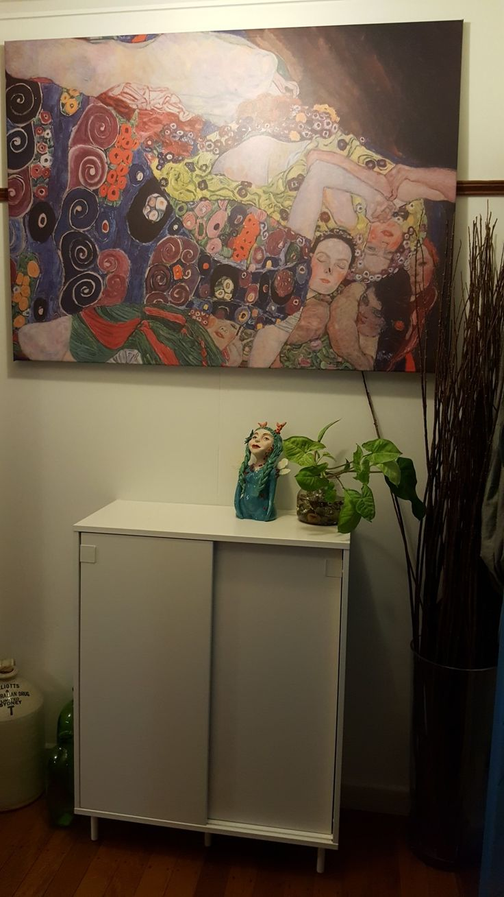 Entryway  Love live this Gustav Klimt print.