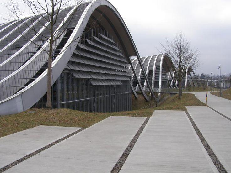 Берн, Швейцария. Музей Поля Клее - современный культурный центр арх. Ренцо Пьяно