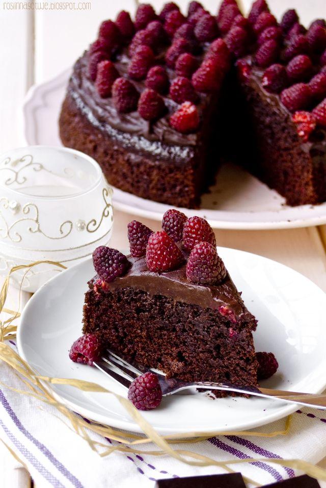 Wegański tort czekoladowo-malinowy #maliny #czekolada #tort #deser #pycha #vegan