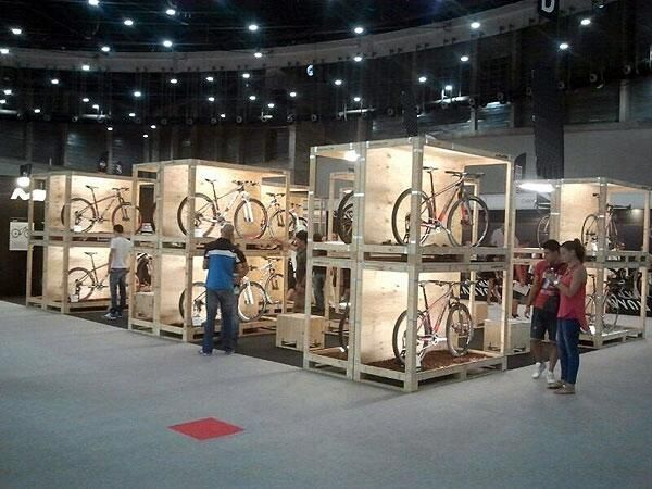Presentación colección 2014 de MMR Bikes en Feria Expobike 2013.