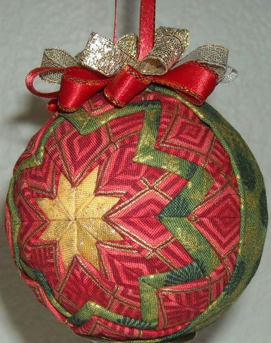 183 best No Sew Quilted Ornaments images on Pinterest | Christmas ... : quilted fabric ornaments - Adamdwight.com