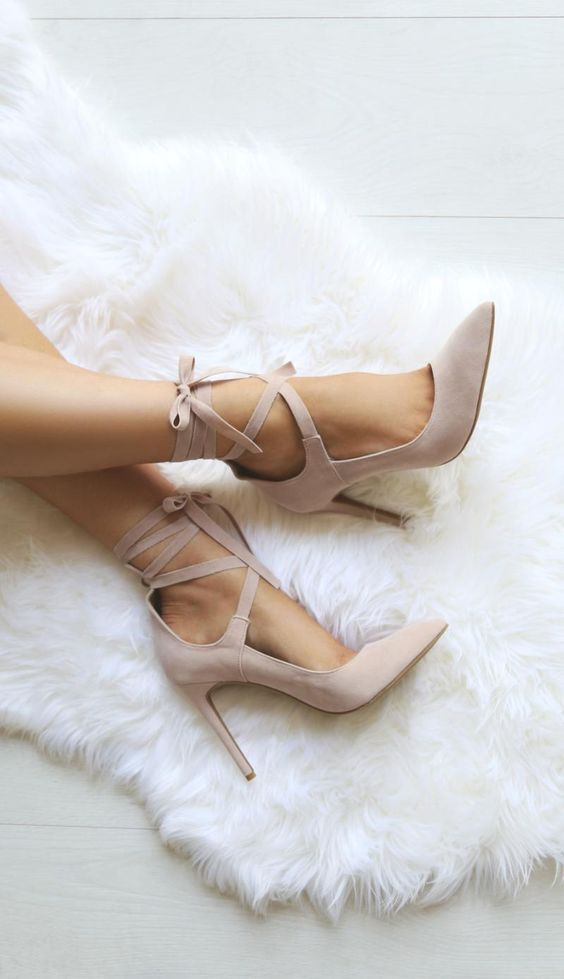 dreamy shoes - pink pumps with tie ups