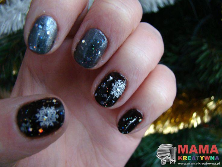 Choć już dawno po świętach u mnie dopiero teraz wzorki na świąteczne paznokcie hybrydowe Semilac.  Święta przeleciały dość szybko, a całe to szaleństwo przedświąteczne nie dało mi czasu na wcześniejsze pokazanie paznokci. Zresztą w tym roku wyjątkowo na blogu nie ukazała