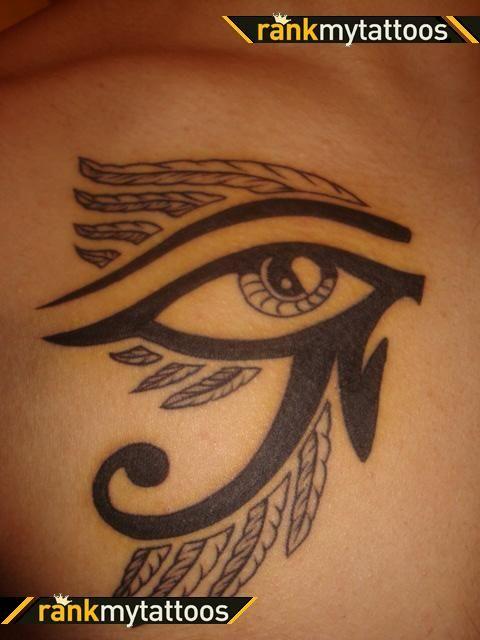 Les 25 meilleures id es de la cat gorie tatouage horus sur pinterest tatouage d 39 anubis il - Tatouage oeil d horus ...