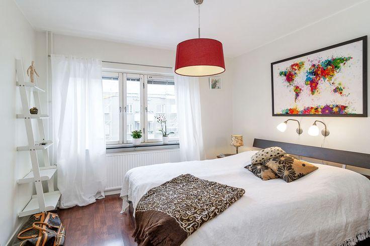 Kronobergsgatan 25, 3 tr, Ö G | Karlsson & Uddare скандинавская спальня интерьер в скандинавском стиле