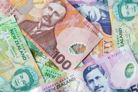 NZ Dollar Fails to Rally Dragged Down by Risk Aversion