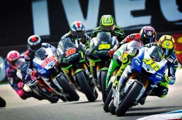 Moto Gp good pic front to back; Rossi,  Bradl, Crutchlow, Smith, Lorenzo and Espagaro