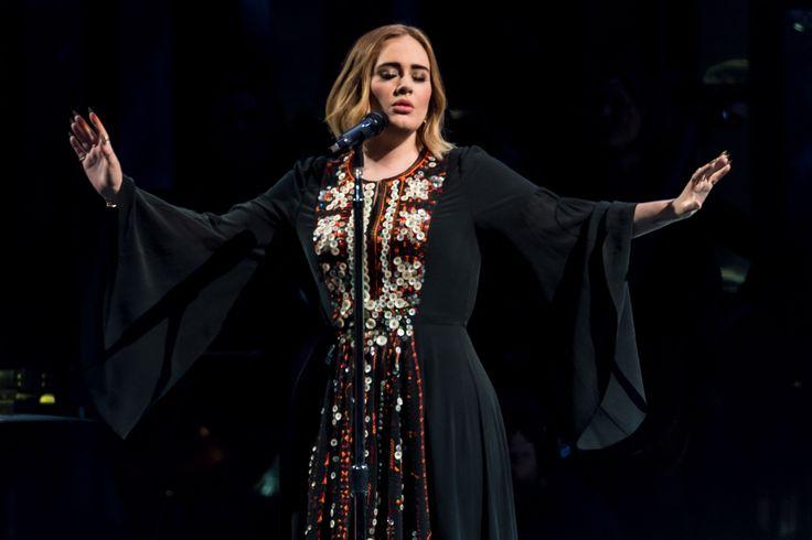 Photo #IanGavan #Adele #Glastonbury  #PyramidStage #WorthyFarm #Pilton #GlastonburyFestival June 25, 2016